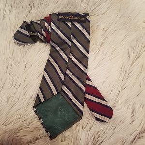 Tommy Hilfiger Green/Red 100% Silk Mens Tie (A198)